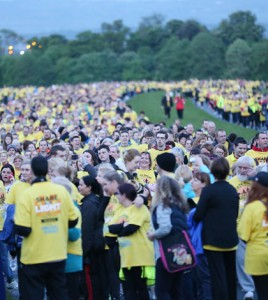 NO REPRO FEE 10/05/2014. An estimated 80,000 people turned out at 37 locations across Ireland, as well as venues in London and Sydney, on Saturday morning, 10th May for Pieta House's annual Darkness into Light 5km dawn walk/run with Electric Ireland. The flagship event in the Phoenix Park reached full capacity with 10,000 supporters taking part. www.pieta.ie . Photo: Sasko Lazarov/Photocall Ireland